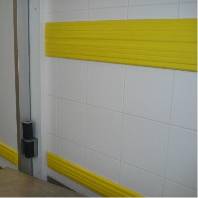 Streaked wall rail
