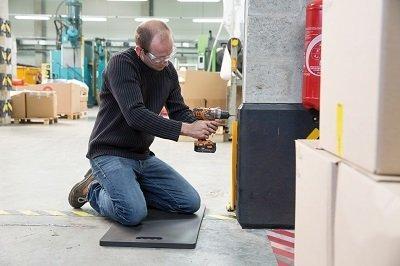 tapis de travail au sol wattelez l 39 lastom re industriel. Black Bedroom Furniture Sets. Home Design Ideas